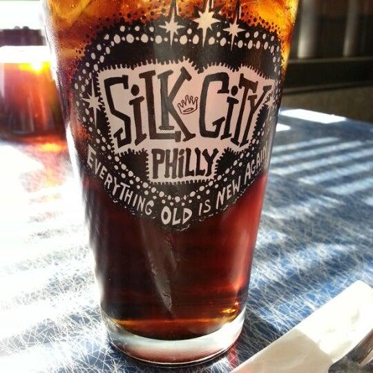 Снимок сделан в Silk City Diner Bar & Lounge пользователем Daniel A. 2/6/2013