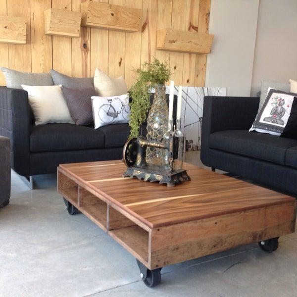fotos en basico muebles tienda de muebles art culos para el hogar en americana. Black Bedroom Furniture Sets. Home Design Ideas