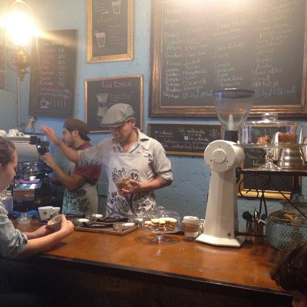 Foto scattata a Café Avellaneda da Inti A. il 7/7/2015