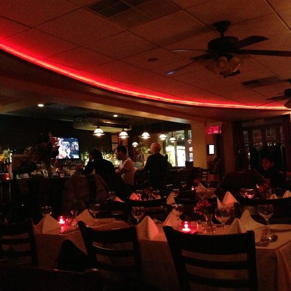 Das Foto wurde bei Lasagna Restaurant von Craig D. am 3/6/2013 aufgenommen