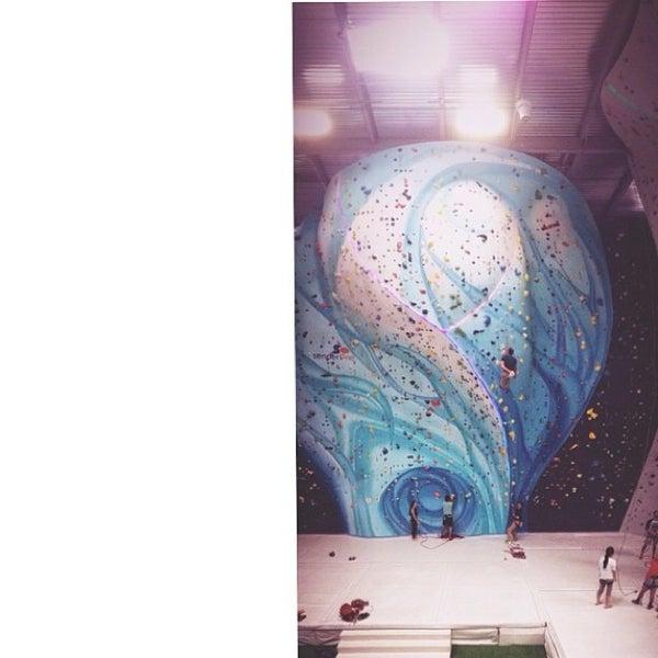 12/31/2013にJordan W.がSender One Climbing, Yoga and Fitnessで撮った写真