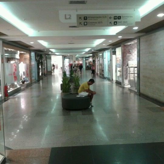 2/4/2013 tarihinde Isabela C.ziyaretçi tarafından Shopping Tijuca'de çekilen fotoğraf