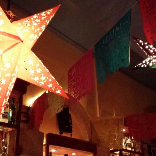 Foto tirada no(a) Cariño Restaurant and Cantina por Heather L. em 12/28/2013