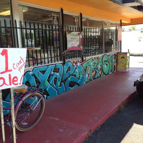 Texas Trash Clothing Exchange Clothing Store In San Antonio