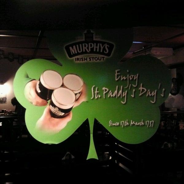 Снимок сделан в Morrigan's Irish Pub пользователем Biagio C. 3/17/2013