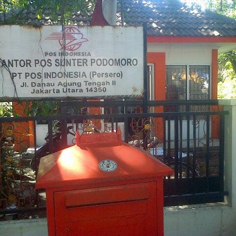 Kantor Pos Sunter Podomoro 7 Pengunjung
