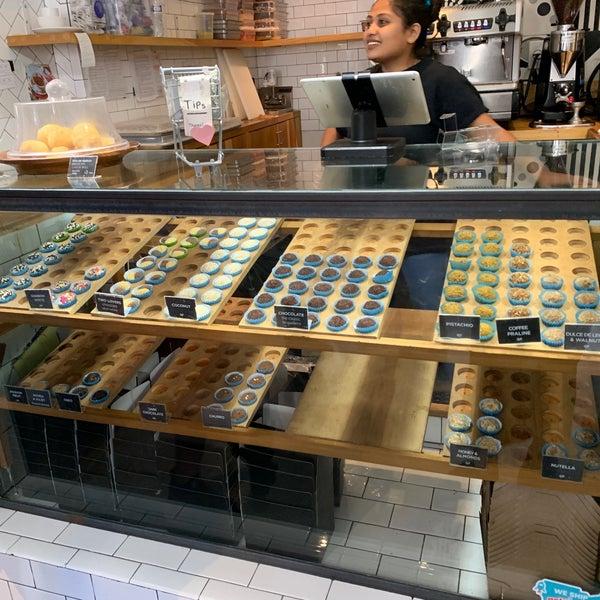 รูปภาพถ่ายที่ Brigadeiro Bakery โดย Agne D. เมื่อ 9/29/2019