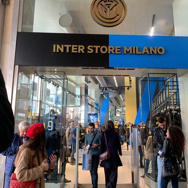 comando anatra riparo  Inter Store Milan - Duomo - Galleria Passarella 2