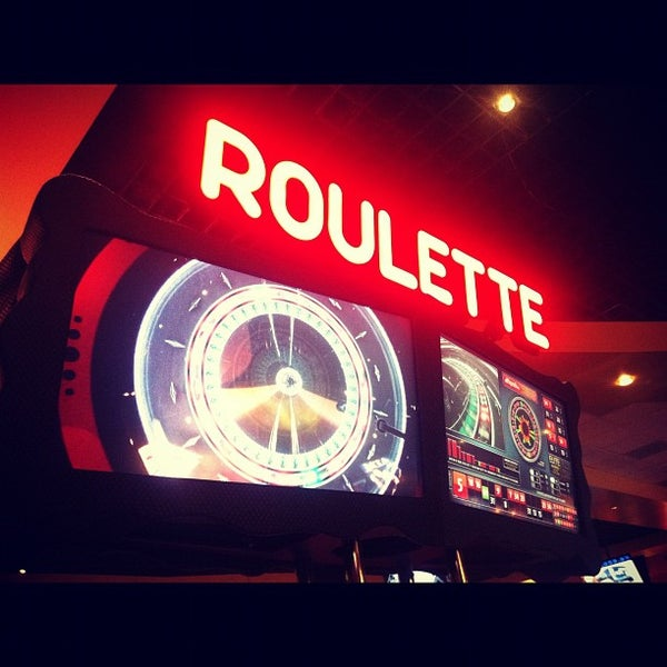รูปภาพถ่ายที่ Valley View Casino & Hotel โดย Lysabeth L. เมื่อ 11/4/2012