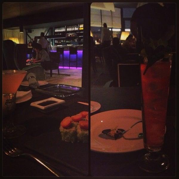 Foto tirada no(a) Ресторан & Lounge «Река» por Alya T em 2/15/2013