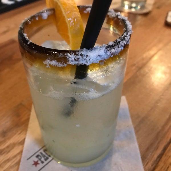 Foto scattata a Paco's Tacos & Tequila da Fernando S. il 9/20/2019