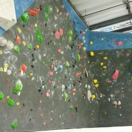 6/20/2014にKrista S.がSender One Climbing, Yoga and Fitnessで撮った写真