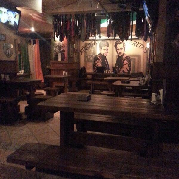 Photo prise au Boondock Pub par Oleg L. le2/28/2013