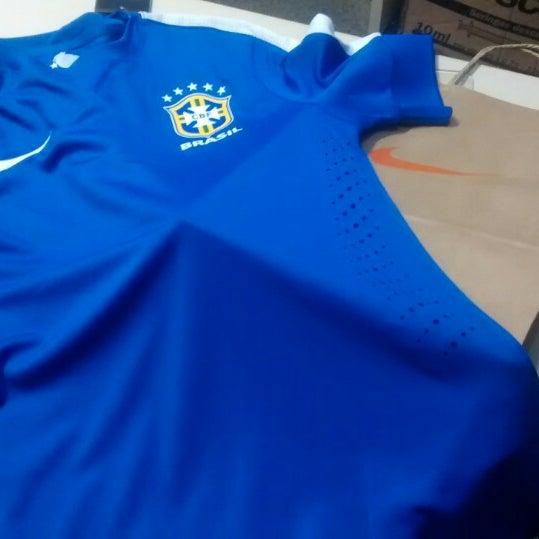 Fotos em Nike Factory Store - Loja de Artigos Esportivos em Recife 850dab04a9af7