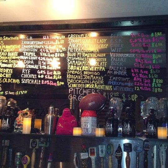 Photo prise au Buddha Beer Bar par Doug L. le11/18/2012