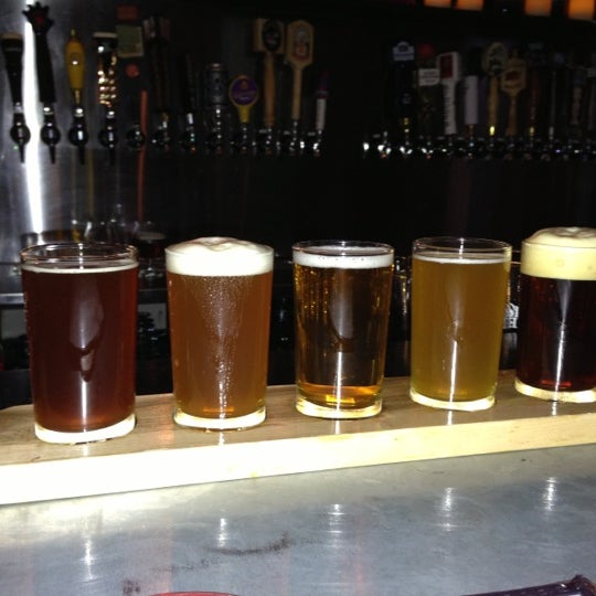Foto diambil di Buddha Beer Bar oleh Doug L. pada 11/25/2012
