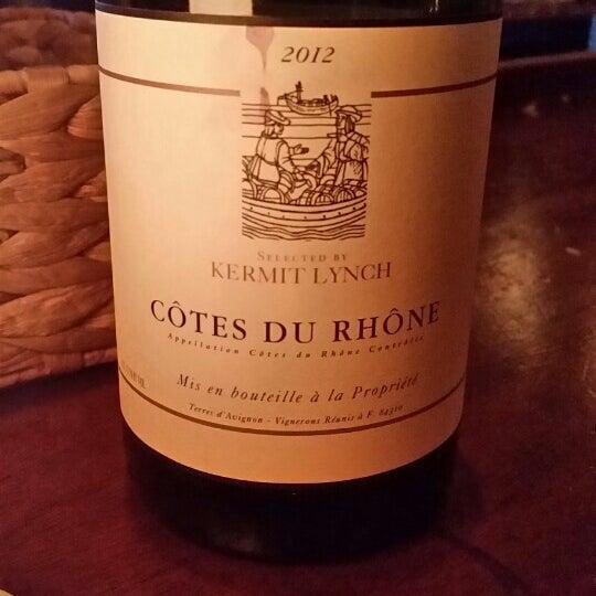 5/3/2014にDoug L.がThe Tangled Vine Wine Bar & Kitchenで撮った写真