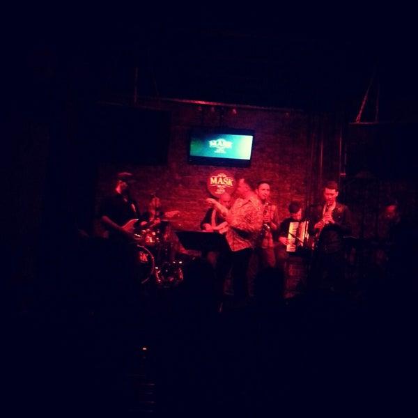 Foto diambil di Mask Live Music Club oleh Babür Kağan S. pada 4/3/2013