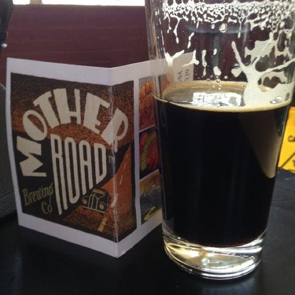 รูปภาพถ่ายที่ Mother Road Brewing Company โดย Dennis J. เมื่อ 1/27/2013