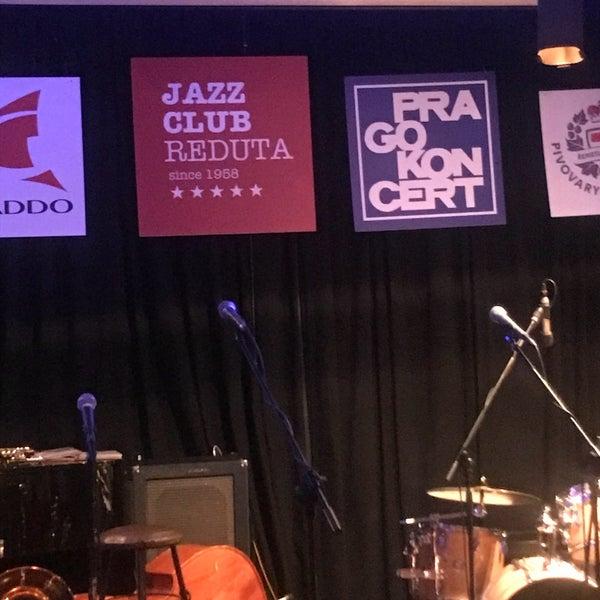 Foto tomada en Reduta Jazz Club por Ayşe el 12/14/2018