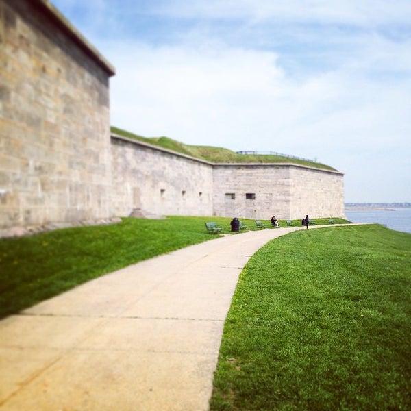 5/10/2015 tarihinde Jennifer T.ziyaretçi tarafından Castle Island'de çekilen fotoğraf