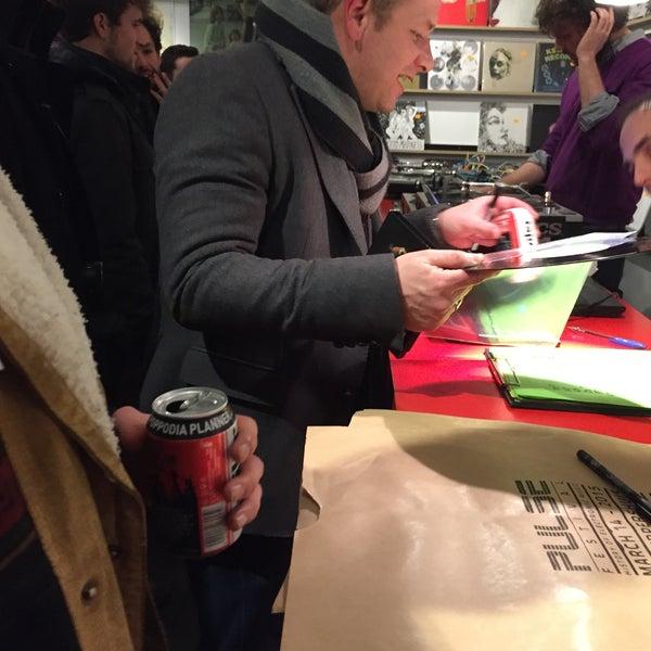 2/18/2015에 Gaultier D.님이 Music Mania에서 찍은 사진