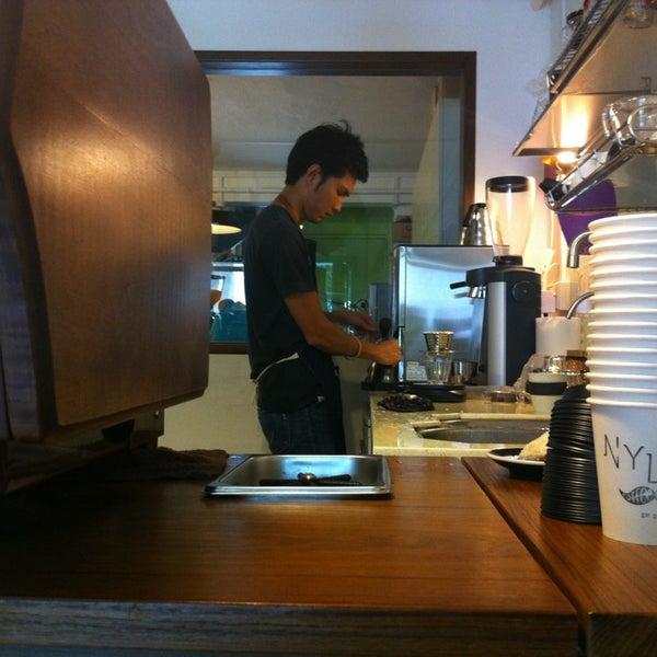 4/5/2013にGAry W.がNylon Coffee Roastersで撮った写真