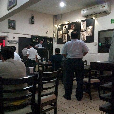 Foto tomada en OV Vaquero Restaurante y Taquería por Isaac J. el 2/27/2013