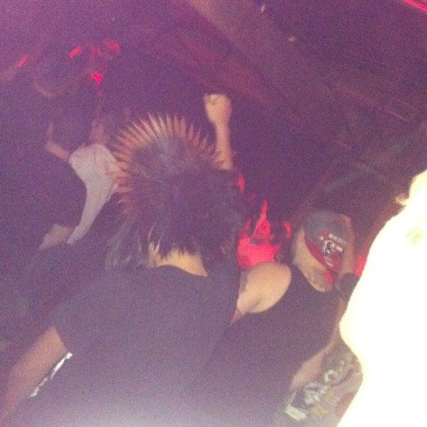 รูปภาพถ่ายที่ Warehouse Live โดย Chris✌ J. เมื่อ 2/14/2013