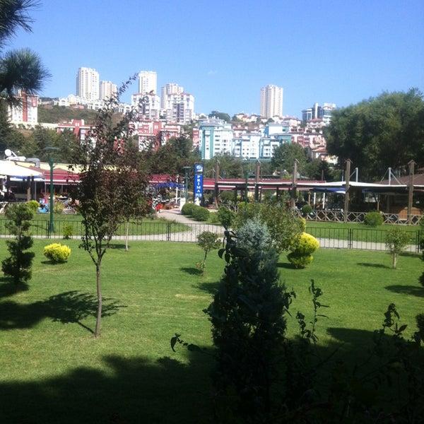Das Foto wurde bei Ristorante Bella Vista Bahçeşehir von Rita G. am 9/7/2013 aufgenommen