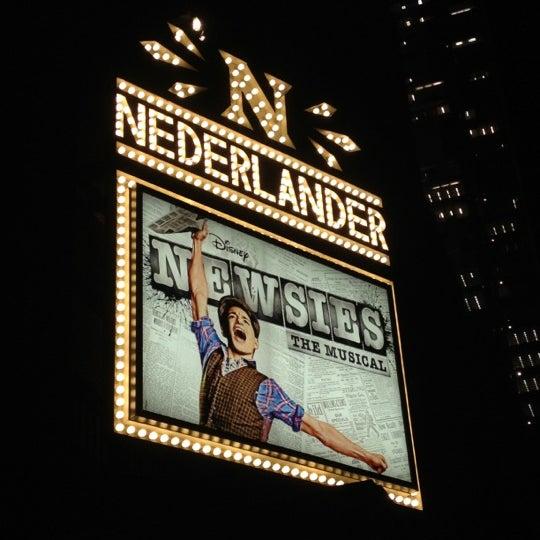 11/10/2012にLindsay B.がNederlander Theatreで撮った写真