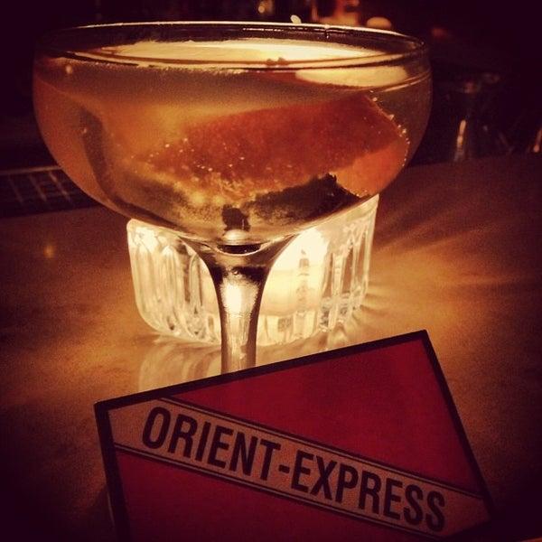 6/26/2013 tarihinde Geoffrey Z.ziyaretçi tarafından Orient Express'de çekilen fotoğraf