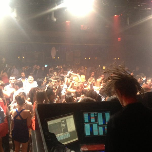 Foto tirada no(a) 1 OAK Nightclub por Jared Z. em 2/1/2013