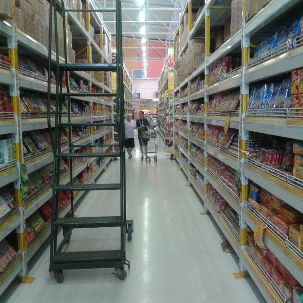 Foto tirada no(a) Supermercado Comercial Esperança por Elielson S. em 8  b95814fb13