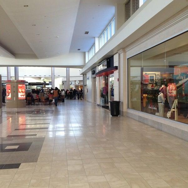 Walt Whitman Shops Shopping Mall In Huntington Station