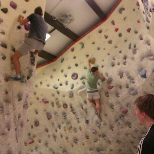 2fd893dcf55c Boulder Club - Climbing Gym in Budapest XIII. kerülete