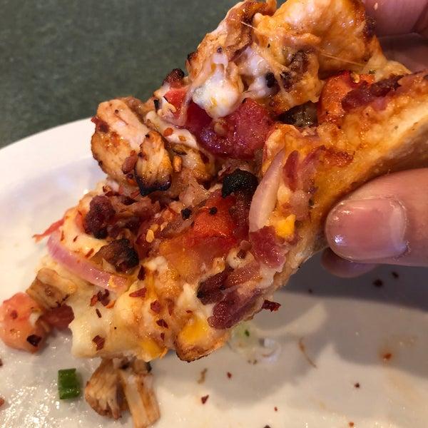 Round Table Pizza Hayward Ca