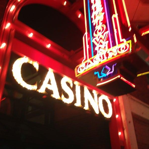 Foto scattata a Greektown Casino-Hotel da DeAndre M. il 1/27/2013