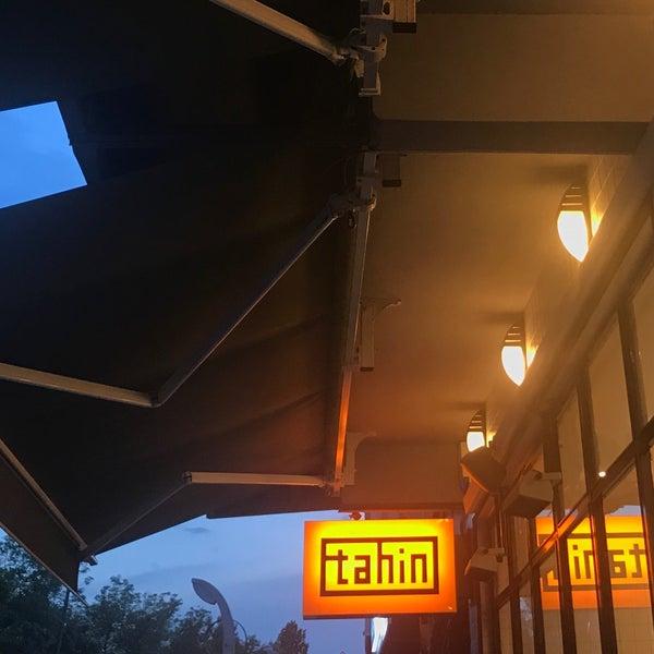 รูปภาพถ่ายที่ Tahin โดย Selin T. เมื่อ 6/4/2018