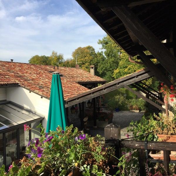Foto tirada no(a) Domaine de Châteauvieux por J L. em 10/4/2017