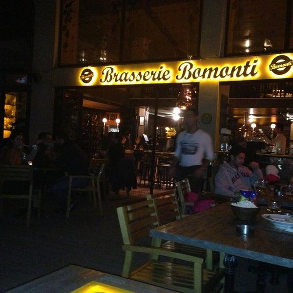 Photo prise au Brasserie Bomonti par Cahit Ö. le2/3/2013