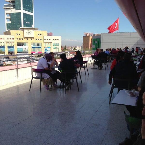 Das Foto wurde bei Beylikdüzü Migros AVM von Şeyda S. am 4/12/2013 aufgenommen