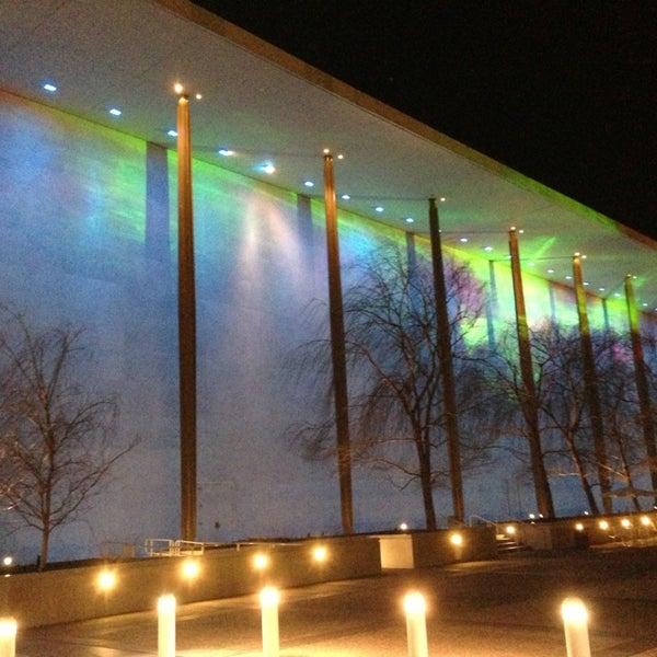 Снимок сделан в The John F. Kennedy Center for the Performing Arts пользователем Armand S. 3/3/2013