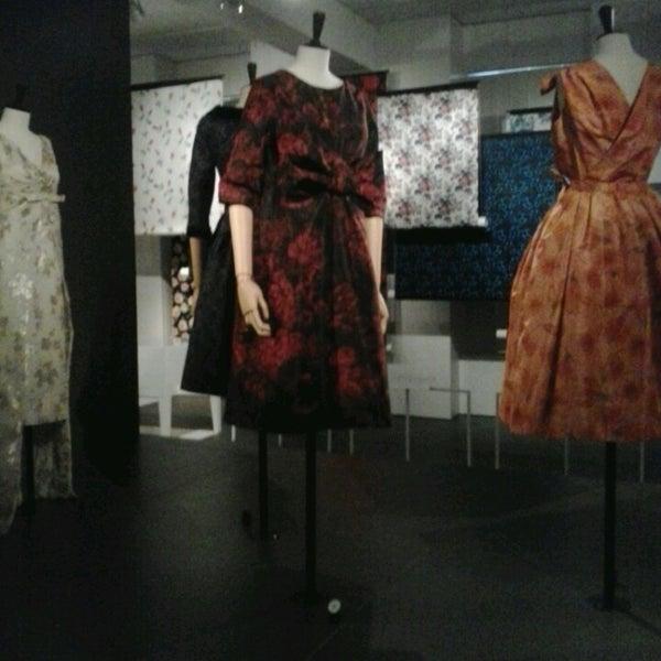 Foto tirada no(a) MoMu - ModeMuseum Antwerpen por Marlot B. em 6/4/2013