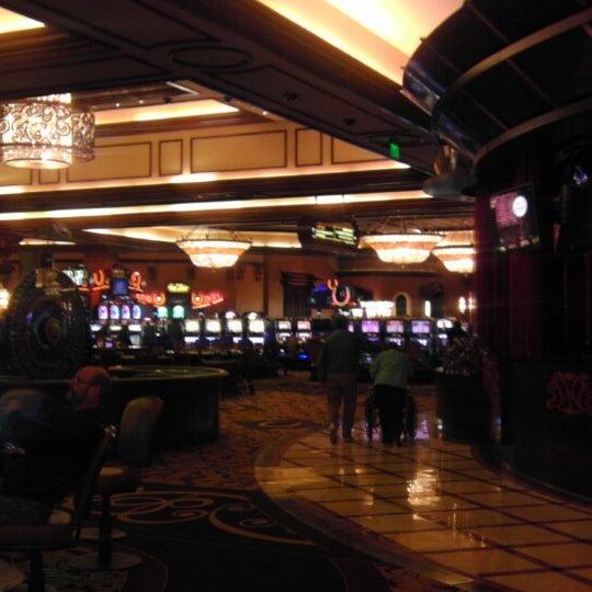 รูปภาพถ่ายที่ Horseshoe Hammond Casino โดย Darian S. เมื่อ 4/20/2013