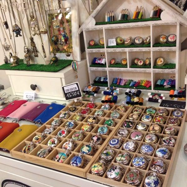 An impressive variety of handmade jewelry! Wow!