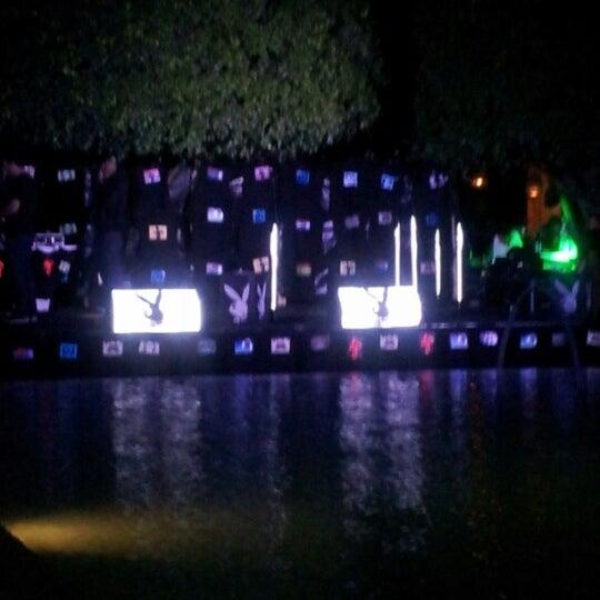 Photo prise au Delano Beach Club par JeyofMyUberLife le12/6/2012