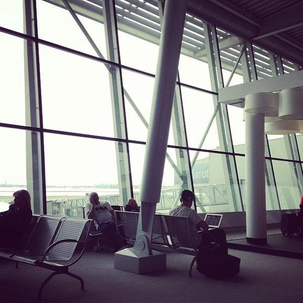 4/6/2013에 Abel H.님이 바르샤바 쇼팽 공항 (WAW)에서 찍은 사진