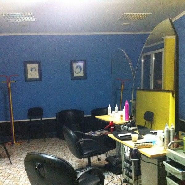 Zitza Lounge Stoel.Zita A Cabeleireiro Salon Barbershop In Machico