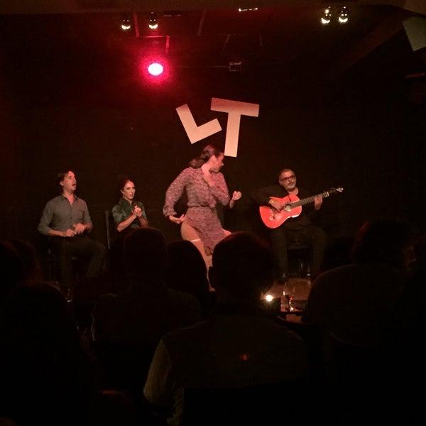 Снимок сделан в Las Tablas Tablao Flamenco пользователем Basak H. 8/19/2015